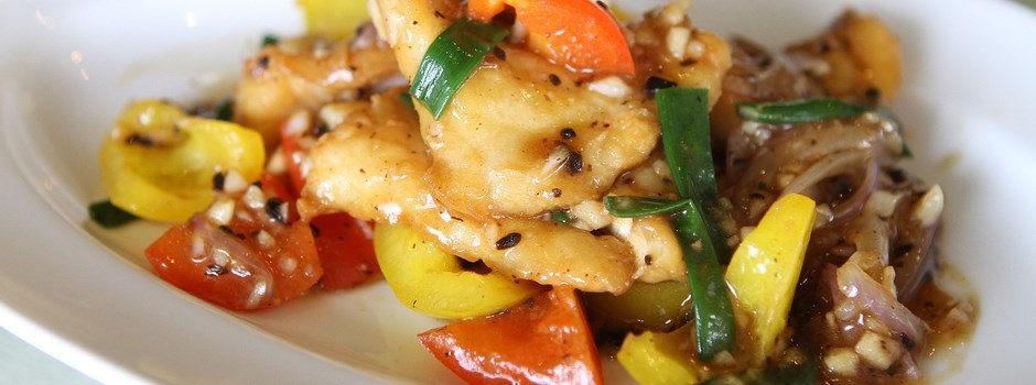 fried-fish-with-sweet-peppers-906248_1920.jpg